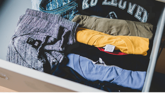 How to Fold Clothes – The Best, Easiest Way