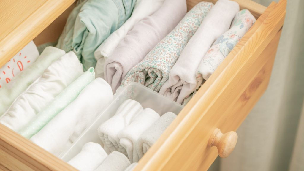 file folded clothes in drawer